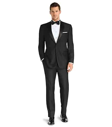 Signature Collection Traditional Fit Tuxedo