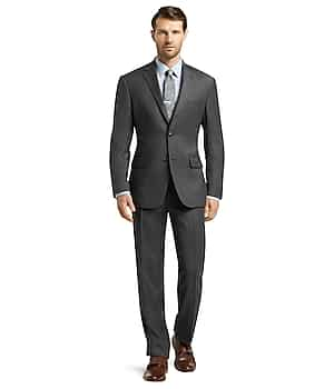 Traveler Collection Tailored Fit Micro Weave Suit