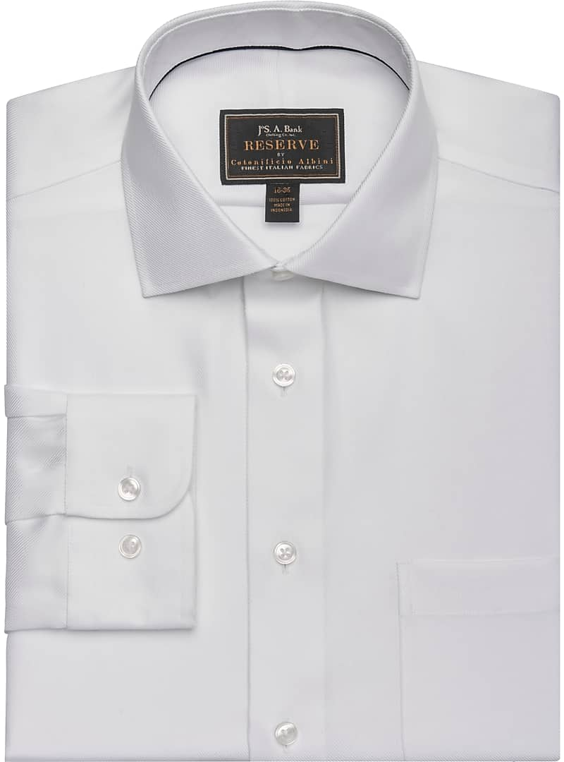 Reserve Collection Tailored Fit Spread Collar Twill Dress Shirt